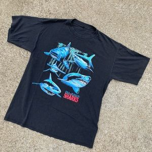 Vintage 90'a Sea World Sharks T Shirt